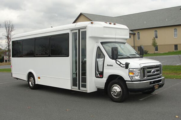 Norfolk 18-Passenger-party-bus